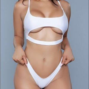 EUC Gianni Underboob Bikini